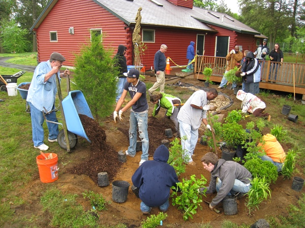 Create a Rain Garden with new NOAA Sea Grant-funded app