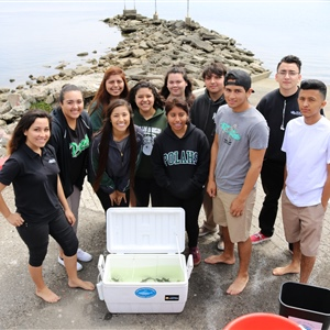 Students increase STEM skills as aquaculture and fisheries education program launches in Los Angeles classrooms