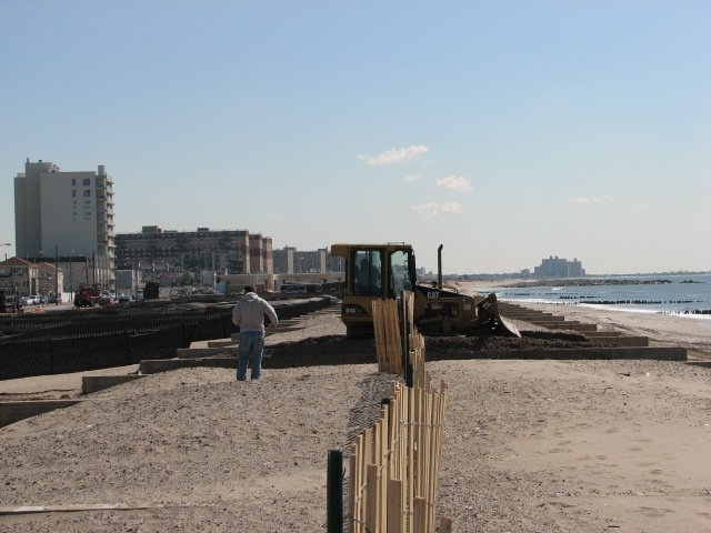Post-Sandy rebuilding efforts in the Rockaways. Credit JayTanski, New York Sea Grant